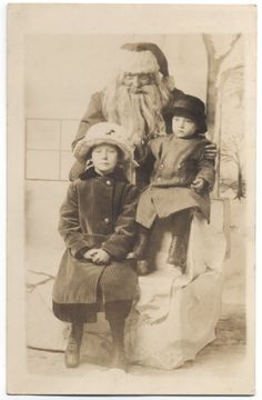 Antique Christmas Decorations, Vintage Christmas Photos, Xmas Photos, Vintage Photos, Ghost Of Christmas Past, The Night Before Christmas, Saint Nicholas, Kids Writing, Photo Postcards