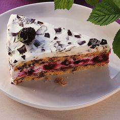Stracciatella-Brombeer-Torte