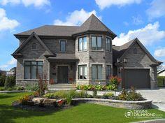 Manor Style house plan. Nice //