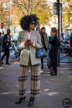 Paris SS 2018 Street Style: Julia Sarr-Jamois