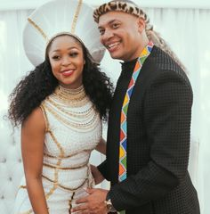 Checkout S.A TV Personality Minnie Dlaminis Exquisite Wedding Gown Zulu Traditional Wedding Dresses, African Traditional Dresses, Traditional Outfits, African Fashion Designers, African Print Fashion, African Prints, African Wedding Dress, African Dress, African Style