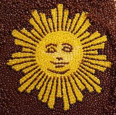 """Mona Lisa"""" - Art made with jelly beans - Pictures - CBS News Coffee Bean Candle, Projects For Kids, Crafts For Kids, Seed Craft, Bean Seeds, Sun Art, Art Lessons Elementary, Cbs News, Jelly Beans"""