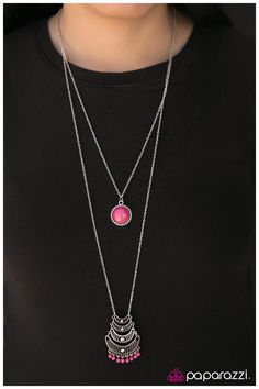Crescent City $5 Paparazzi set (with pink earrings) order yours and more here https://paparazziaccessories.com/shop/products/crescent-city/51698/