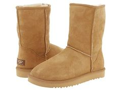 UGG BOOTS - the classics : basics but beautiful !