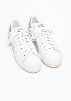 detailed look 74145 419ec Other Stories image 2 of adidas Stan Smith in White Will Smith, Väntar,