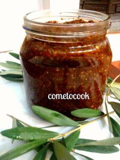Σπιτικη παστα ελιας   -Home Olive pasta delicious for dakos and bread appertizer