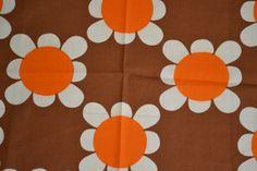 Scandinavian Vintage Fabric Sweden Daisy by Scandinaviavandesign