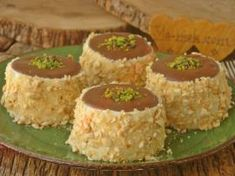 Saray Tatlısı Cookie Recipes, Dessert Recipes, Desserts, Tart, Cheesecake, Muffin, Food And Drink, Menu, Pudding
