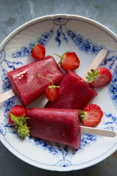 Strawberry, hibiscus and watermelon ice pops and A rhubarb hibiscus cocktail - Dagmar's Kitchen