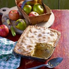 Apple and Wensleydale Pie - Woman And Home. Perfect for Londoner Wensleydale with Harvest Fruits! #sweet #treats