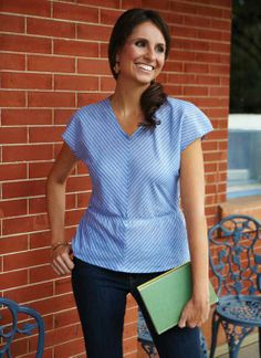 Get the FREE multi-sized top now and find all the how tos in the latest Sew It All vol. 8.