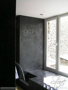Perfectino Claystone sisustuslaasti kylpyhuoneessa // CLAYSTONE on ekologinen siltti-ja savipohjainen sisustuslaasti joka on erityisesti suunniteltu jäljittelemään luonnonkiveä ja betonia. // DEKOTUOTE