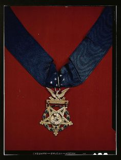 U.S. Army Medal of Honor with neck band. THIS IS WHAT THE CIVIL WAR ERA CMOH LOOKED LIKE.