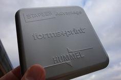 Filigrane Prägungen auf bereits geformten Blechdosen. bei dosenwelten kein Problem