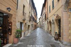Walking the streets of Cortona   www.cookintuscany.com     #Italy #cooking #school #cookintuscany #tuscany #montefollonico #culinary #montepulciano #class #schools #classes #cookery #cucina #travel #tour #trip #vacation #pienza #florence #siena #cook #tuscan #cortona #pienza #pasta #allinclusive #women #underthetuscansun