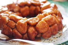 My mom made caramel pull-apart biscuits a lot when I was growing up. It had been about ten years since I had this treat until last wekend when she made it for a brunch celebrating my younger siste...