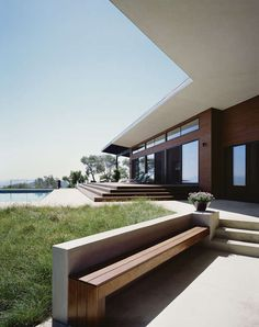 ridge house landscaping