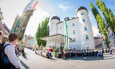 26.05.2016 - Fronleichnamsprozession - Lienz http://ift.tt/1Uff9sF #brunnerimages