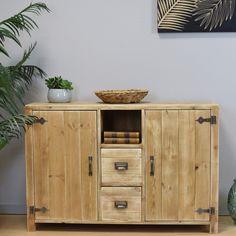 Buffet LAZARE 2 portes 2 tiroirs pin massif bois vieilli - 😍Découvrir ici - #Buffet #MaisonsduMonde #tendances #meubles #rangement #buffetenpin Credenza, Decoration, Storage, Parfait, Furniture, Home Decor, Distress Wood, Industrial Style, Solid Pine