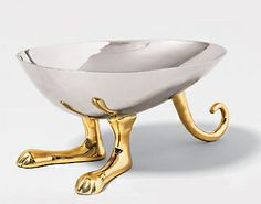 a6_kangaroobowl by identity crisis and stuff, via Flickr Hippity Hop, it's Michael Aram's kangaroo bowl.