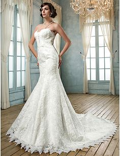Trumpet/Mermaid Strapless Lace Wedding Dress - CAD $ 447.63