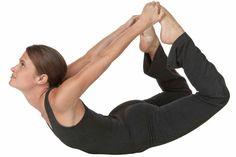 Una de las mejores formas de perder peso es mediante el ejercicio, lógicamente si lo acompañamos de una dieta saludable y controlada, ya que además de eliminar los kilos de más también ganamos en salud. Las posiciones de yoga para adelgazar te permiten no solo perder peso y aumentar el metabolismo, sino también m