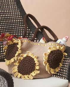 Sunflower Bag - free pattern to crochet!