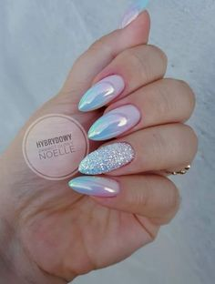 Hot Almond Nails Art Ideas For Summer Hot Almond Nails Art Ideas For Summer - Nail Art Connect Almond Nail Art, Almond Acrylic Nails, Cute Acrylic Nails, Fun Nails, Glitter Nails, Perfect Nails, Gorgeous Nails, Pretty Nails, Fabulous Nails