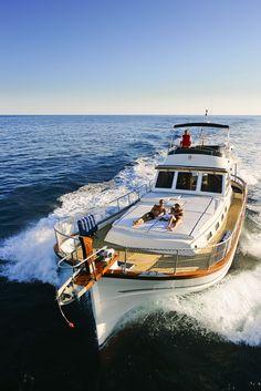 Slow yatching...  Menorquin Yachts Classic Line MY c180.