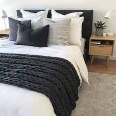 Bedroom ideas Simple clean bedroom decor, white comforter, black and charcoal gray pillows and blank Monochrome Bedroom, Bedroom Black, White Comforter Bedroom, Bedroom Bed, Black Comforter, Black White And Grey Bedroom, Charcoal Bedroom, Grey And White Bedding, Bedroom Apartment