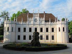 Neo-Gothic beauty spot. Reichenschwand Castle, Reichenschwand, Franconia (Bavaria)