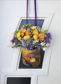 Gourgeous Front door Flower Hanging Basket for Spring-Summer Felt Flowers, Spring Flowers, Fabric Flowers, Unique Front Doors, Yellow Vase, Nuno Felting, Hanging Baskets, Door Wreaths, Artificial Flowers