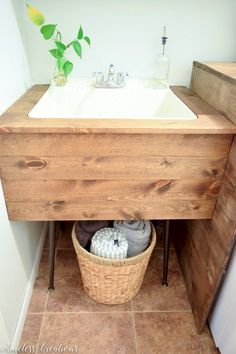 room makeover couple DIY Utility Sink Makeover - T - roommakeover Laundry Room Remodel, Basement Laundry, Farmhouse Laundry Room, Laundry Room Organization, Laundry Room Design, Laundry Closet, Farmhouse Small, Basement Walls, Laundry Storage