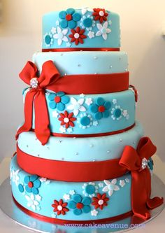 This one. No fondant ribbons. Layers 3 and 4.