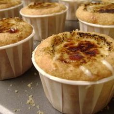 Creme Brûlée #Cupcakes, we are saying YES to this dreamy, creamy goodness!