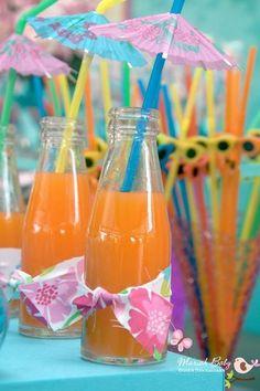 ja mais de 60 fotos e dicas de festa tropical, são muitas ideias para você fazer a sua decoração de festa havaiana hoje mesmo! Aloha Party, Bbq Party, Luau Party, Beach Party, Moana Party, Moana Birthday Party, Flamingo Party, Sommer Pool Party, Hawaian Party