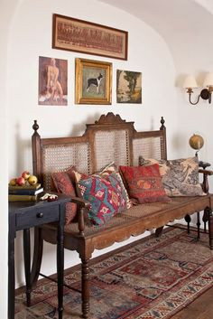 Vintage Interior Design westside provencal home.by schuyler samperton interior design Home Interior Design, Interior And Exterior, Interior Decorating, Design Interiors, Diy Interior, Decorating Tips, Indian Interiors, Indian Homes, Indian Home Decor