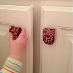 Owl door knobs for babies' bathroom.  ...Love the idea, but I think the owls may look a little creepy.