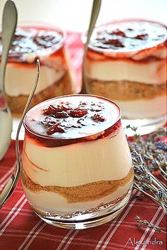 My Life in the Countryside Small Cake, Greek Recipes, Panna Cotta, Deserts, Food And Drink, Appetizers, Pudding, Tasty, Sweets