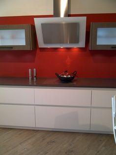 Sleek kitchen look, love the red!
