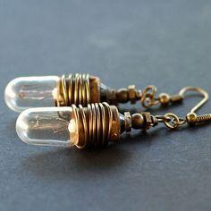 #steampunk jewelry. #Brass light bulb #earrings.