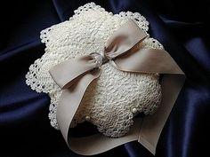 リングピロー411 Ring Pillows, Burlap Wreath, Doilies, Tatting, Lace, Wedding, Jewelry, Bridal Accessories, Crafts