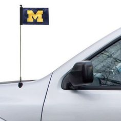 Whether you're hosting the tailgate or just driving to one, an antenna flag will let everyone else on the road know where your loyalties lie. Oregon Ducks, Redskins Gear, Pittsburg State, Denver Broncos Super Bowl, Michigan Go Blue, Nfl Flag, College Football Season, Bronco Sports, Mississippi State Bulldogs