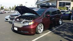 Bisimoto's 1000 horsepower Honda Odyssey. Not your average minivan!