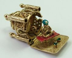 Large 1960's 9ct Gold Mosque Charm Opens to Man on Flying Carpet - Gold Charm - Sandy's Vintage Charms - 4
