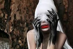 Wyniki Szukania w Grafice Google dla http://us.123rf.com/400wm/400/400/prometeus/prometeus1008/prometeus100800321/7552388-shot-of-a-twilight-girl-in-white-dress-halloween-horror.jpg