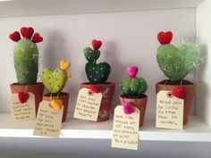 Thank you for loving me even when I'm prickly! This cute needle felted cactus has touch friendly prickles and comes with a little love message all potted up in a vintage terracotta pot. Felt Diy, Felt Crafts, Kids Crafts, Diy And Crafts, Paper Crafts, Diy Paper, Crafty Projects, Sewing Projects, Cactus Craft