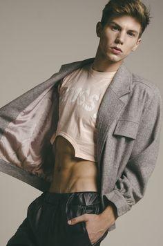 men's fashion & style — Federico Sarandon by Diego Fierce Poses, Mens Crop Top, Half Shirts, Young Fashion, Men's Fashion, Good Looking Men, Cute Guys, Male Models, Beautiful Men