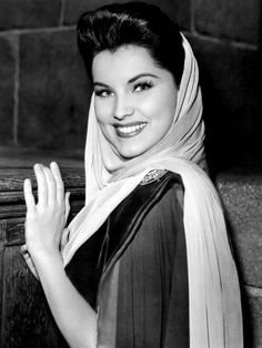 Debra Paget - love her hair and draped head scarf. #vintage #1940s #actresses