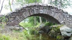 An Ontario bridge patterned after stone bridges constructed in the Middle Ages by dry stone techniques. This bridge was built by Dry Stone Wall Assoc. of Canada in '07.